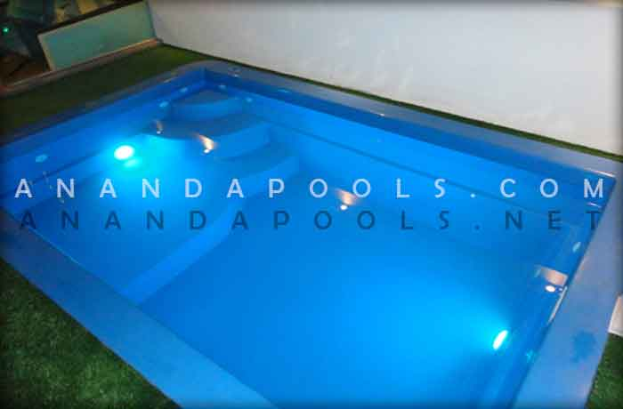 Saturn - fibreglass swimming pool